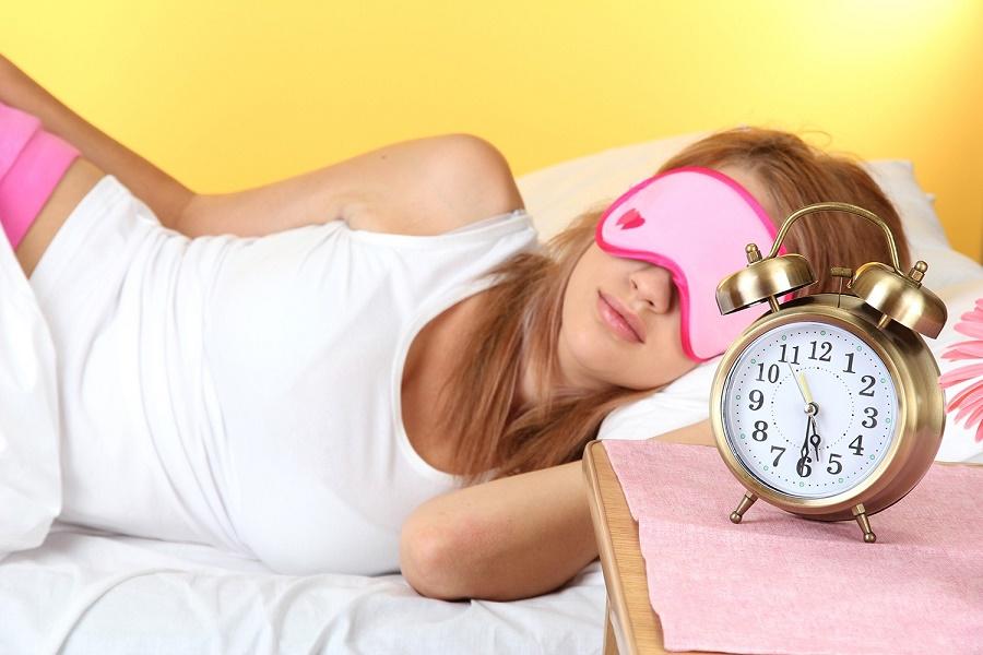 Сколько нужно спать, чтобы надолго сохранить красоту и молодость