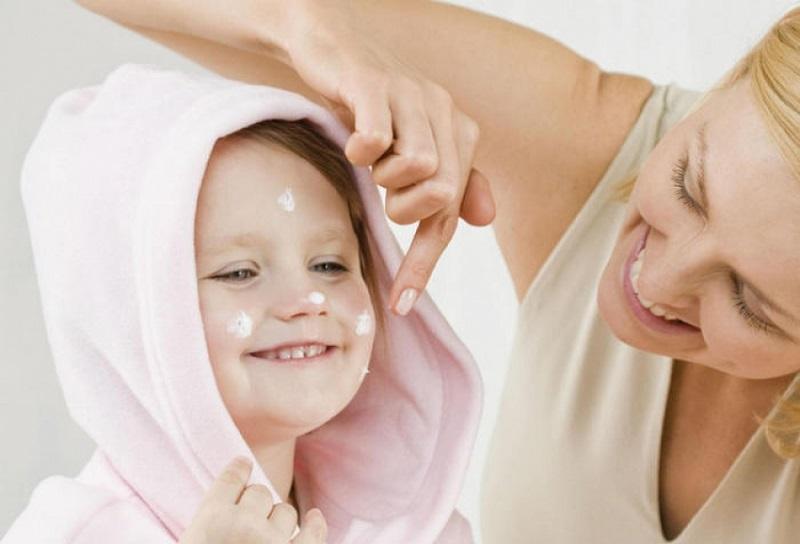 Почему любимый многими детский крем вреден для взрослой кожи