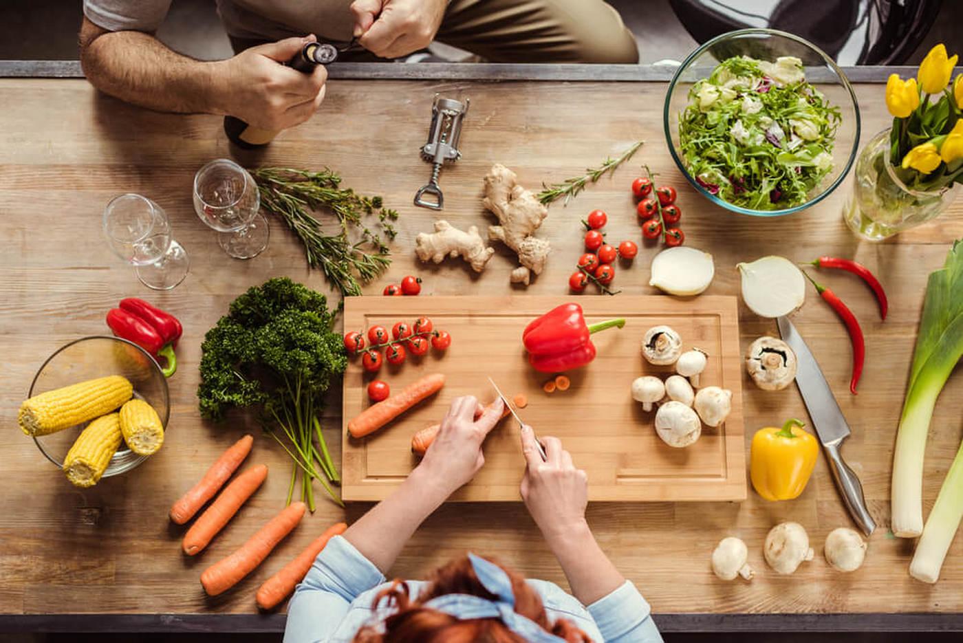 Каких продуктов не должно быть в вашем холодильнике, если вы хотите надолго остаться молодой и красивой