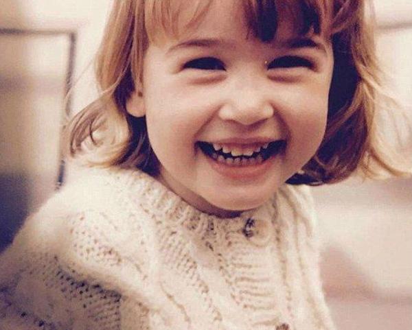 Ханна Грегори в детстве