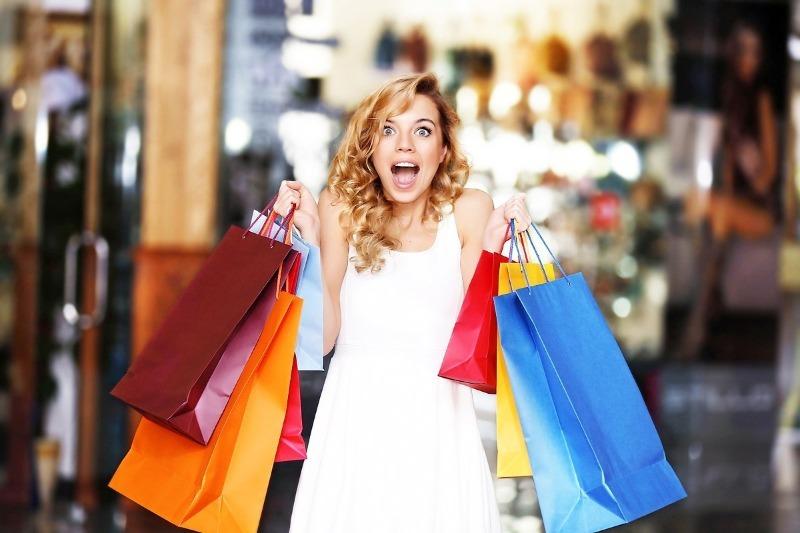 Как не попасться на уловки магазинов одежды в период распродаж