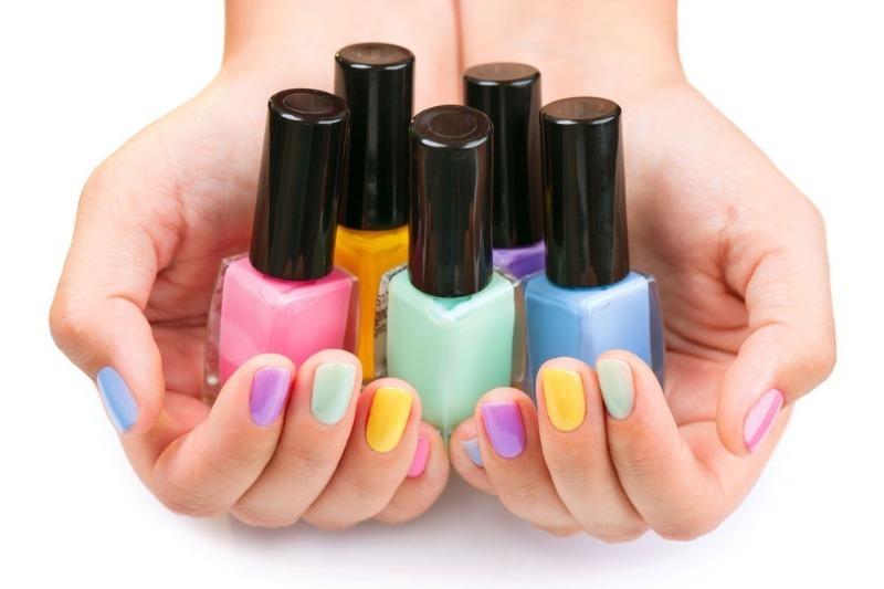 Выбираем цвет лака для ногтей по знаку Зодиака