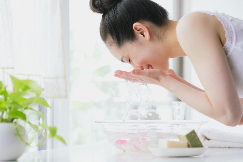 5 причин, почему женщины Азии умываются газированной водой