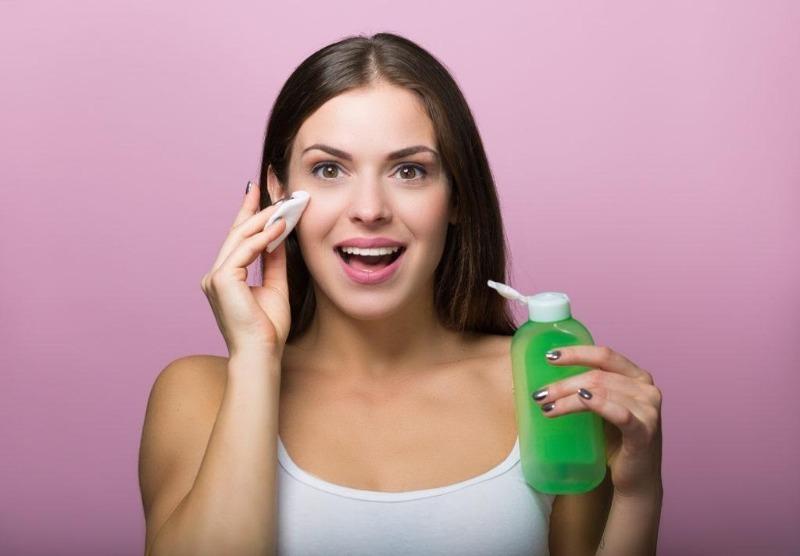5 признаков того, что вам срочно нужен тоник для лица