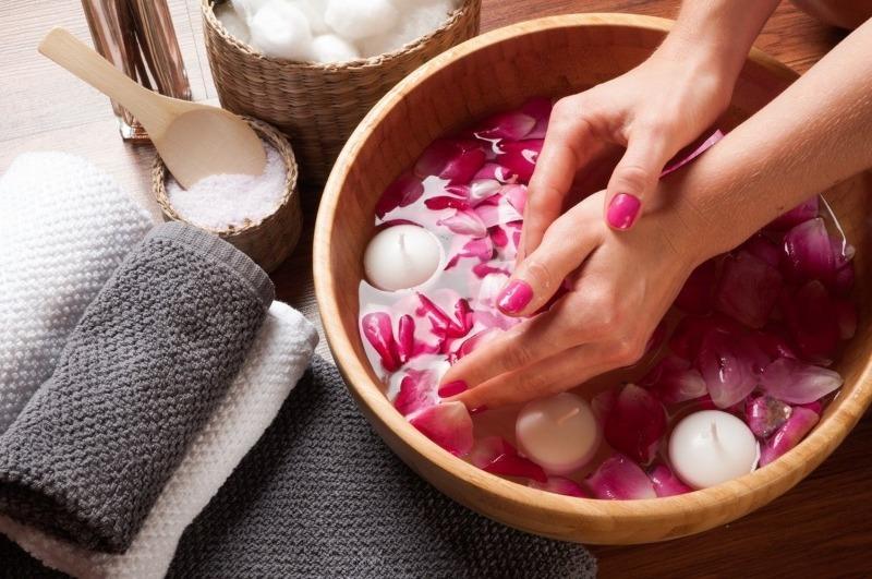 5 советов, как сохранить молодость кожи рук после 40