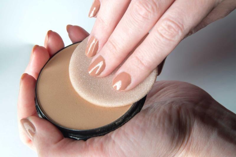 5 акцентов в макияже, которые обязательно прибавят возраст