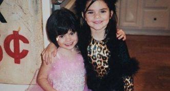 Маленькая Кайли и её сестра
