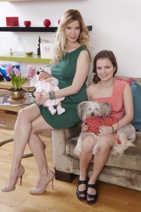 Алисия Дюваль с дочерью