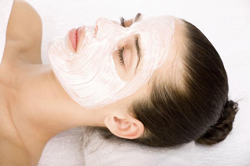5 лучших домашних масок для жирной кожи лица
