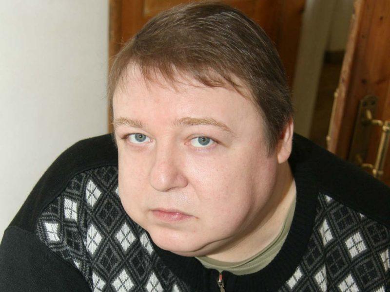 Актёр Александр Семчев сделал пластику после похудения на 100 килограммов