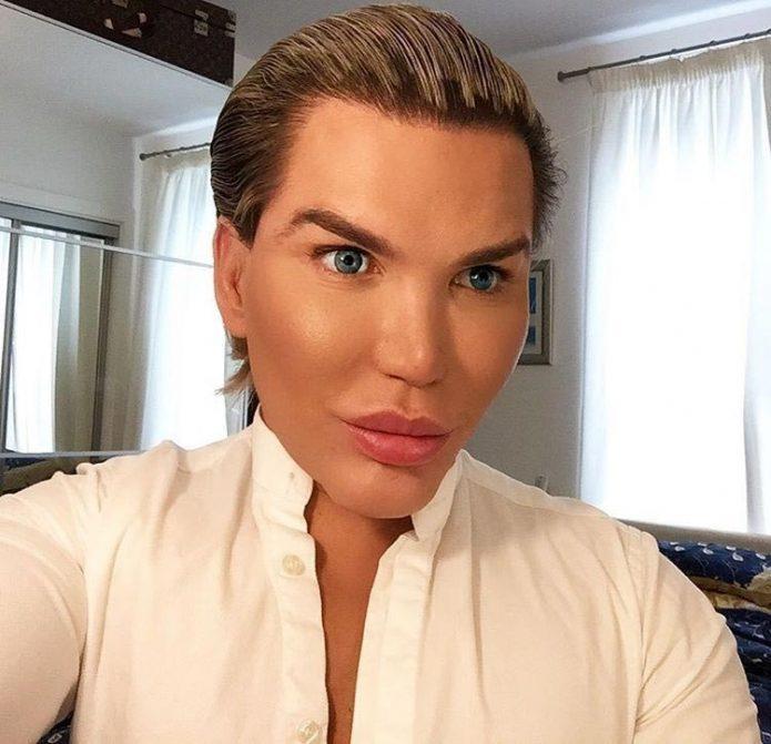 barbie mann plastisk kirurgi