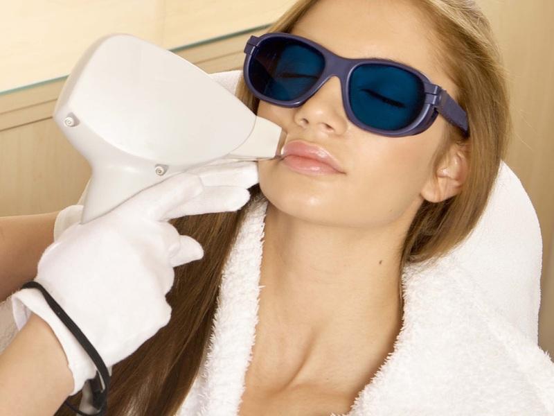 Фотоомоложение против морщин на лице
