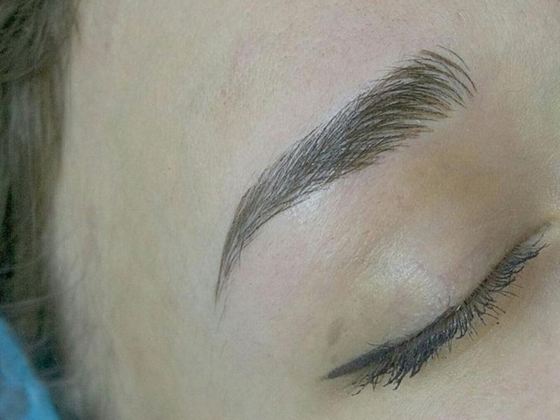 Мануальная методика татуажа бровей
